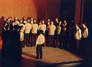 1986_sfedele_coro